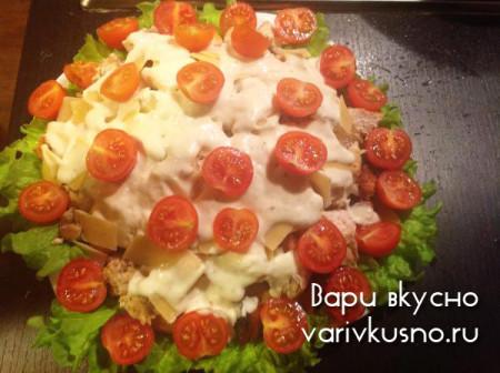салат цезарь с курицей фото