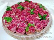 Салат «Розовый букет» с блинами и свеклой