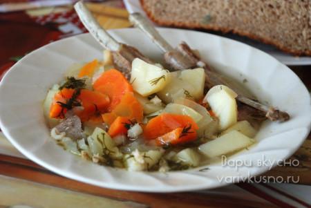 суп из бараньих ребрышек с перловкой в мультиварке-скороварке