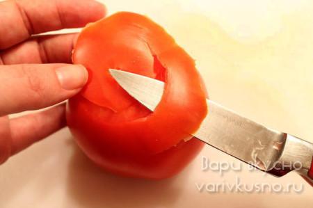 как вырезать розу из помидора