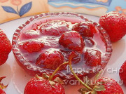 Клубничное варенье с целыми ягодами