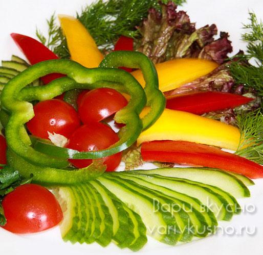 Овощная тарелка на праздничный стол