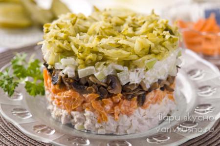 салат Обжорка с шампиньонами