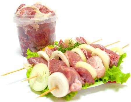 Шашлык из свиной шейки в горчичном маринаде