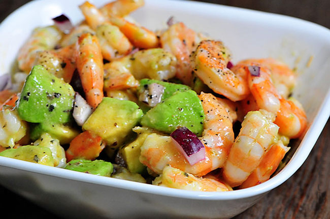 Салат с авокадо помидорами и огурцами  рецепт с фото