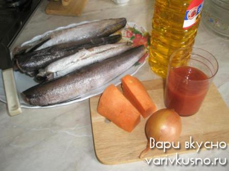 ингредиенты для минтая в томатном соке