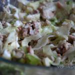 рецепт салата с рыбными консервами и айсбергом