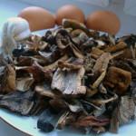 ингредиенты для фаршрованных грибами яиц
