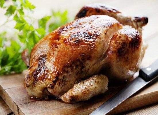 как замариновать целую курицу в духовке