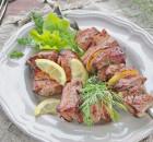 Готовим шашлык на кефире с лимоном из свинины и курицы