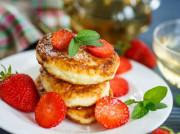 Правильные и вкусные сырники с мукой или манкой, видео рецепты